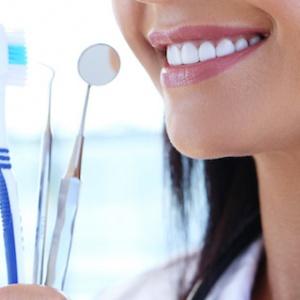 Zubní fazety: získejte zářivý úsměv
