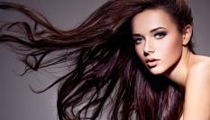 Na jemn� a mast�c� se vlasy pou��vej vlasovou vodu