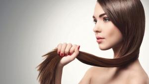 Jablečný ocet pro lesklé vlasy