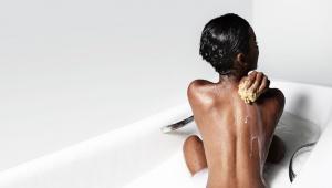 Mléčná koupel na zvláčnění pokožky