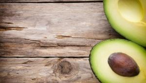 Výživná avokádová maska na vlasy