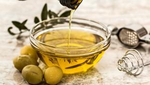 Krásné nehty díky olivovému oleji (podle Julie Roberts)