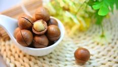 Ořechový peeling pro hladkou pleť