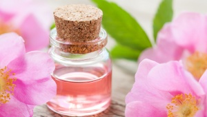 Krém z růžového oleje pro suchou a stárnoucí pleť