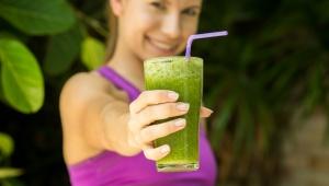 Letní smoothie plné vitamínů A a K