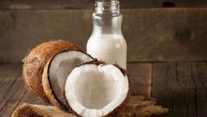 Zimní hydratační šampón z kokosového mléka