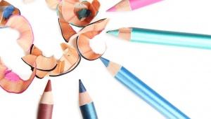 Jak ořezat tužku na oči bez lámání