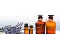 Domácí parfém z vonných olejů