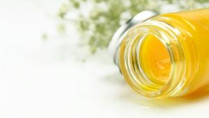 Domácí tělové mléko ze včelího vosku