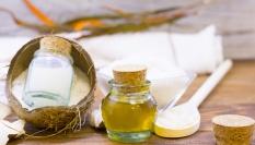 Domácí krém na celulitidu z kokosového oleje, medu a zázvoru