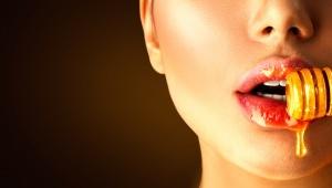 Medový peeling na tělo i obličej
