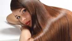 Olivovo-kávová vlasová regenerační maska