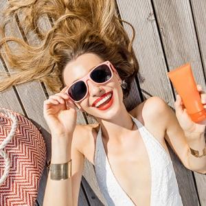 Těšíte se na léto? Zkraťte si dlouhé čekání s voňavými novinkami!