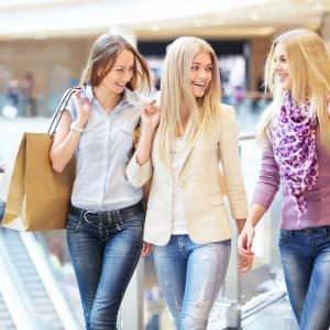Jak ušetřit při nákupech oblečení