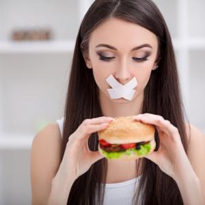Přestaňte tolik řešit stravu a zhubnete