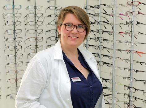 Slovo odborníka: Jaké jsou výhody nošení kontaktních čoček a kdy zvolit brýle?