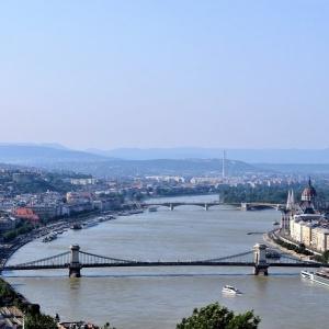 Autem do Maďarska: Za Budapeští, ozdravnými lázněmi i sladkým mořem