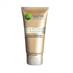 BB krémy Garnier Miracle Skin Perfector BB Cream