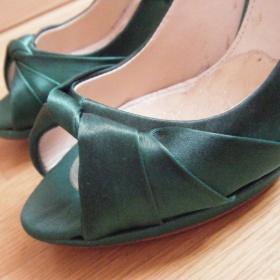 Zelen� sat�nov� lodi�ky Zara vel.36-37 - foto �. 1
