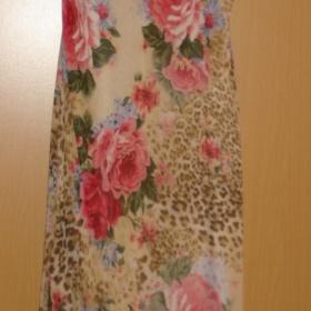 Letní šaty s barevných potiskem od Jane Norman - foto č. 1