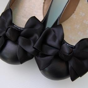Černé balerínky s velkou mašlí