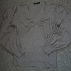Béžový svetřík z CA - foto č. 1