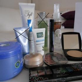 Kosmetick� sada pudr, make-up, maska na vlasy atd - foto �. 1