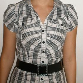 Černobílá košile s páskem zn. neznámá - foto č. 1