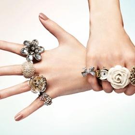 Výrazné šperky - foto č. 1
