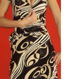 Zavinovací šaty Clockhouse s výstřihem, elastické, černozlaté - foto č. 1