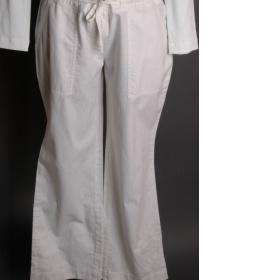 Lehké, černé letní kalhoty - foto č. 1