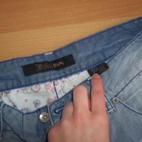 3/4 kalhoty House - foto č. 1