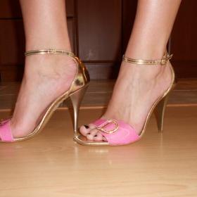 Růžové sandálky Disha - foto č. 1