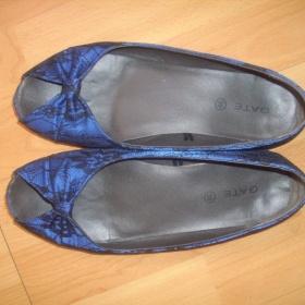 Modré krajkové baleríny - foto č. 1