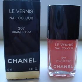 Lak na nehty Chanel le vernis, odstín 307 Orange Fizz