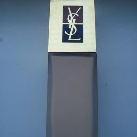 Yves Saint Laurent Teint Resist makeup