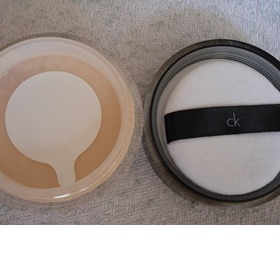 Calvin Klein Subliminal Purity Mineral Based Loose Powder - foto č. 1