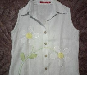 Bílá lněná košilka bez rukávů s aplikací květiny, Banana Split - foto č. 1