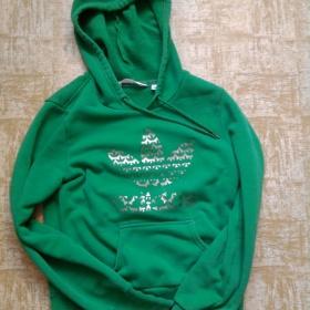 Zelená klokanka se stříbrným potiskem Adidas - foto č. 1