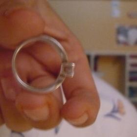 Stříbrny prstýnek se zirkonem - foto č. 1