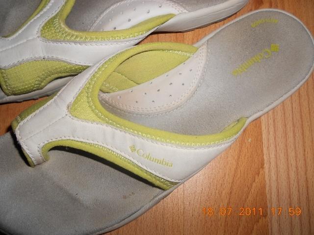 885164d4c79 Bílo-zelené pantofle Columbia - Bazar Omlazení.cz