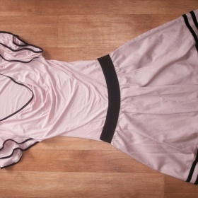 Spole�ensk� komplet tri�ko + sukn� Orsay - foto �. 1