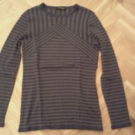 Hezký šedomodrý proužkový svetr s dlouhým rukávem - foto č. 1