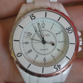 Sinobi bílé kovové hodinky - foto č. 1
