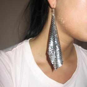 Bižu náušnice stříbrné barvy z plíšků Six - foto č. 1