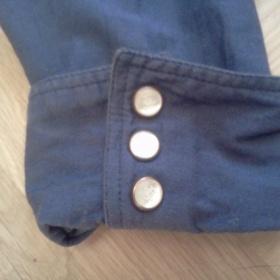 Modrá košile zn. Escada s perleťovými knoflíčky - foto č. 1