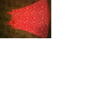 Červené šaty, sukně, svetřík - foto č. 1
