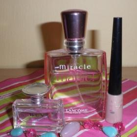 Parfém Miracle - So Magic + Avon sv. hnědé oční stíny - foto č. 1