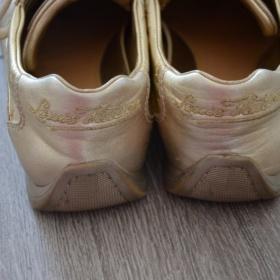 Zlat� tenisky Louis Vuitton - foto �. 1
