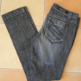 Slim (rovné) džíny zn. Dkny - foto č. 1